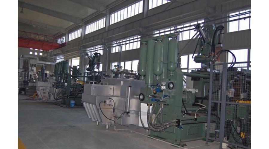 高压铸造机2